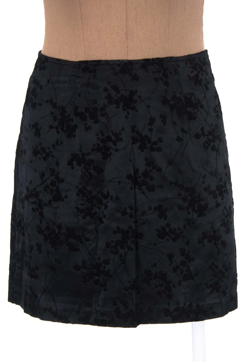 Falda Elegante color Negro - XOXO
