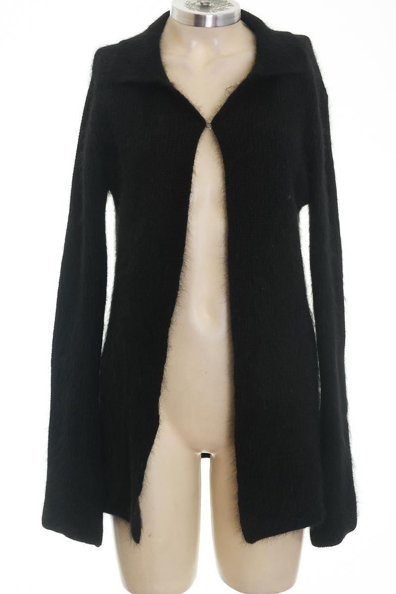 Sweater color Negro - Co-operative