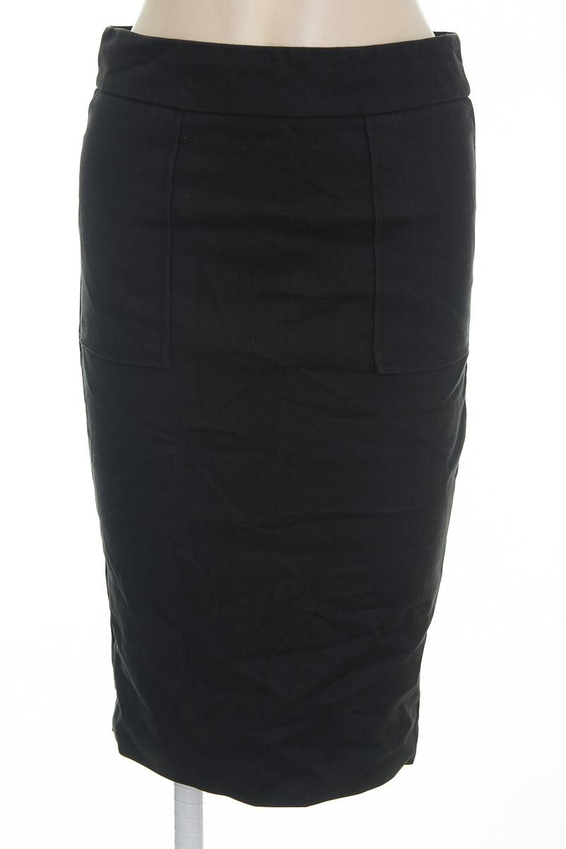 Falda color Negro - Zara