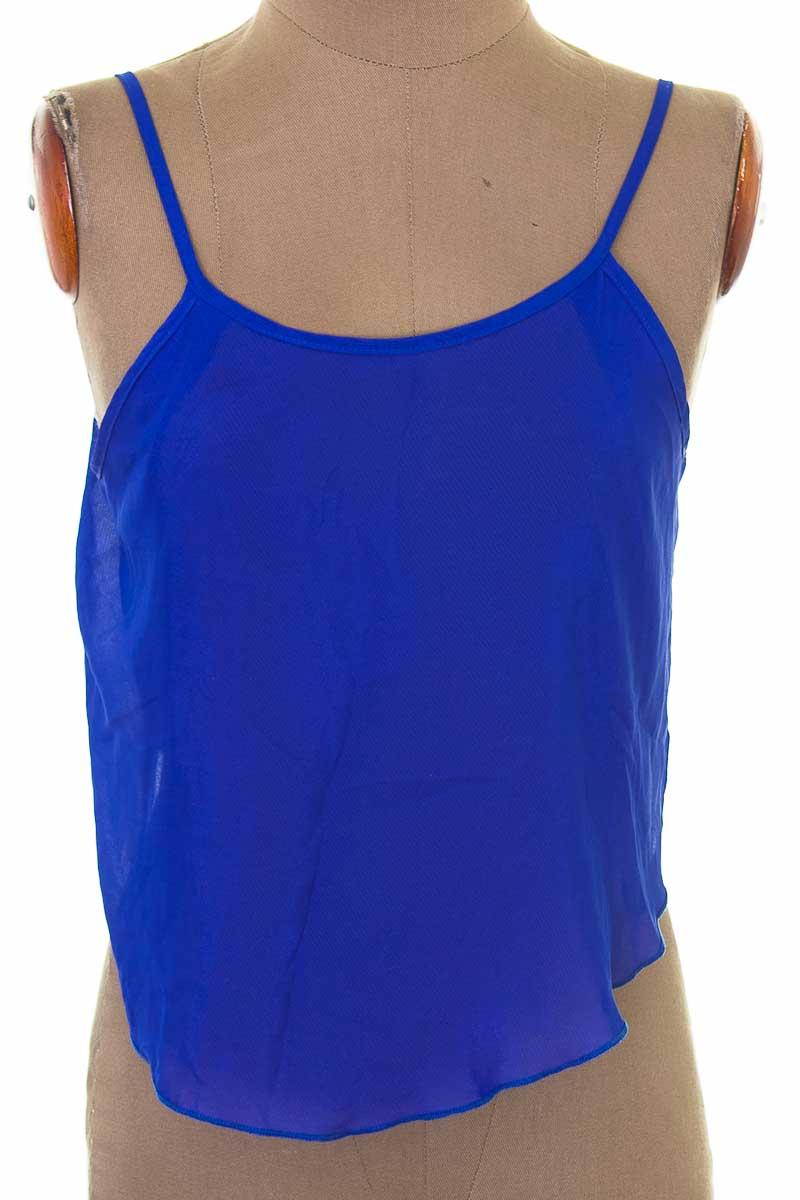 Top / Camiseta color Azul - Forever 21