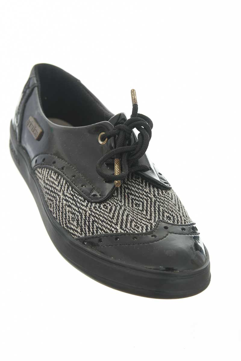 Zapatos color Negro - Animalista