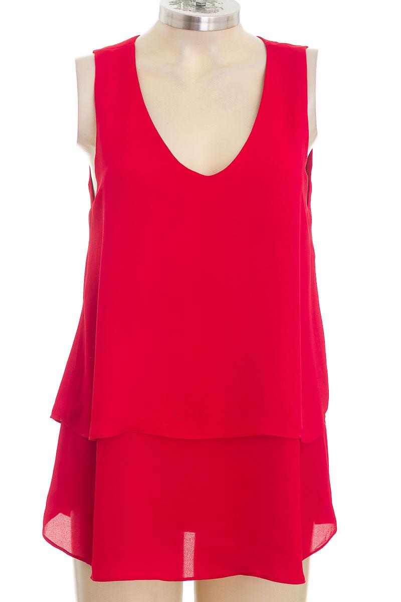 Blusa color Rojo - Arkitect