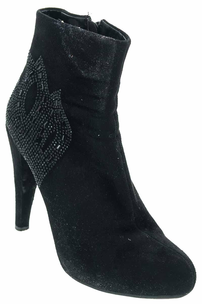 Zapatos Botín color Negro - Vía Spring