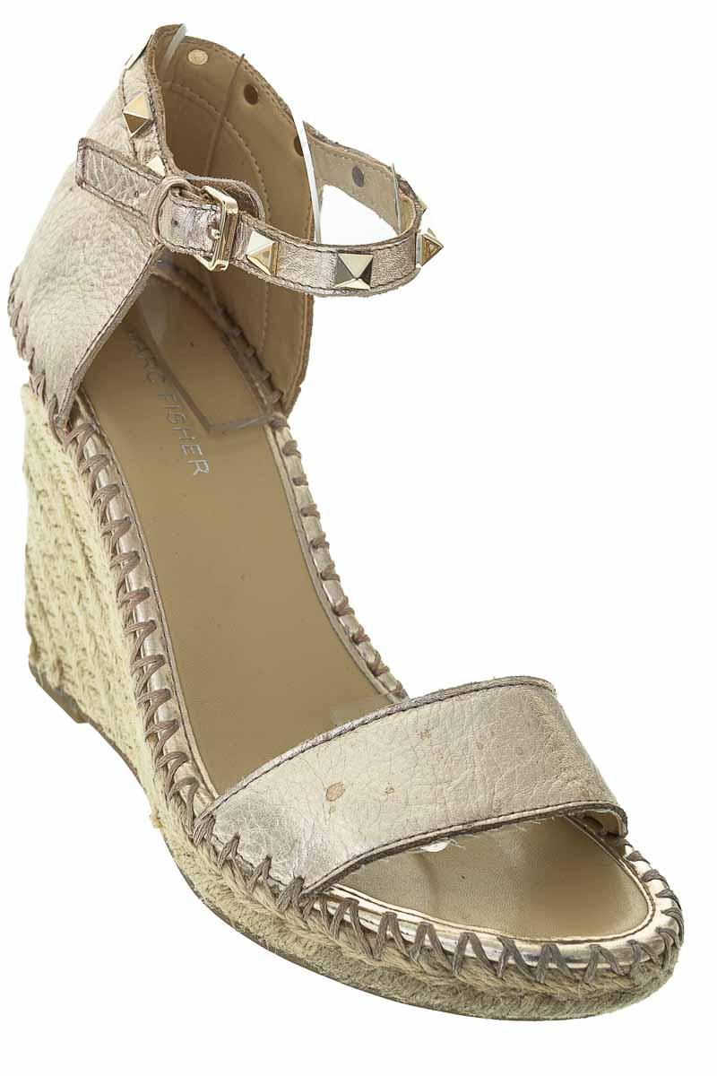 Zapatos Sandalia color Plateado - Marc Fisher