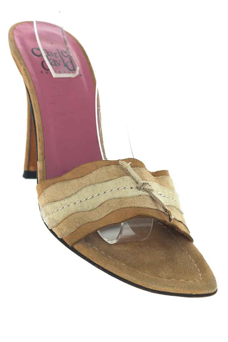 Zapatos Sandalia color Café - Charles David