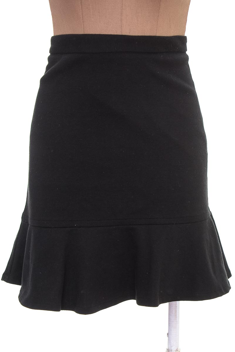 Falda Elegante color Negro - Jonathan Z