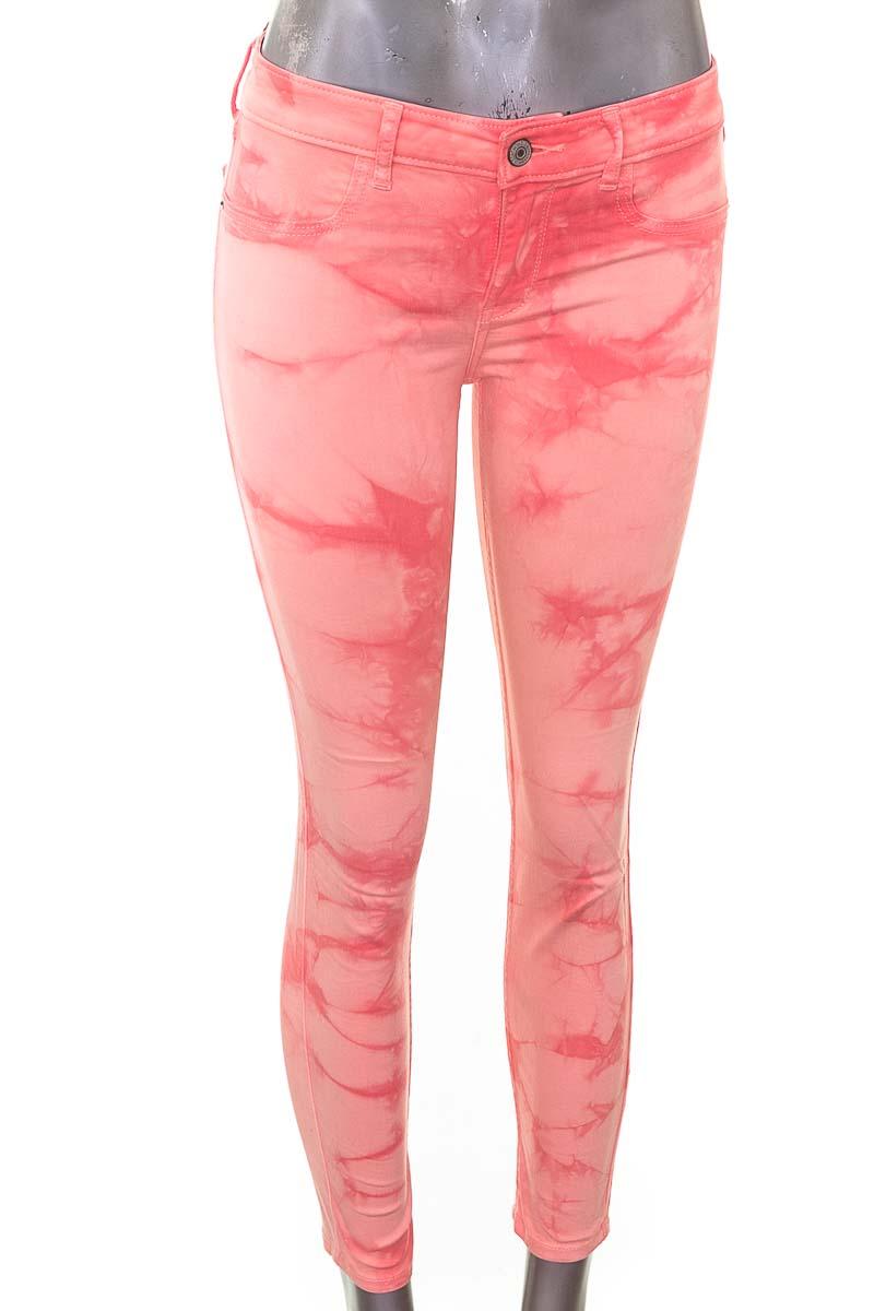 Pantalón Jeans color Rosado - Abercrombie