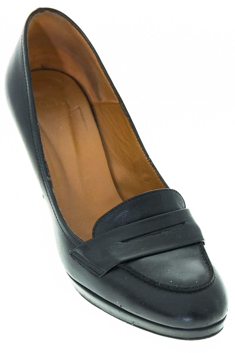 Zapatos Tacón color Negro - Aita